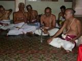 10-Sri Aravamudhan swami saying word of thanks.jpg