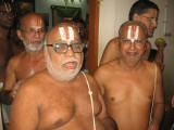 16-Sri Rangarajan svami Sri Vijayaraghavan svami and Sri Kannamani svami in a happy mood.jpg