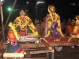 KurathAzvAn-yethirAsan and Tirukachi NambigaL.jpg