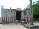 Temple with Deepa pilllar and bali peetam.JPG