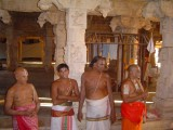 022-Day03-Purappaadu-Garuda Sevai-Goshti Thodakkam.jpg