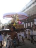 15-Mamunikal entering pEyazvar sannithi.jpg