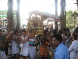 24-pArthanakku aruLi bharathan kai seidhu venRa paransudar.jpg