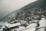 A snowy Namche morning