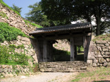 Sole remaining gate of Tottori Castle