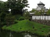Kokura-jō's donjon viewed from the garden