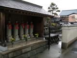 Jizō statues in Tera-machi