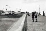 1950's Promenade