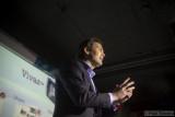 Lennard Hoornik - Corporate Vice President Marketing Sony Ericsson