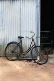 Black rusty bike