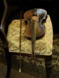 Needs new strings ~~