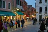 41207 - Streets of Venice