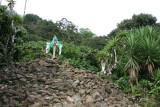 Pequeña Cruz en la base de las Cimas Miraflores y Peña Blanca