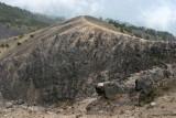 La Cumbre Mayor esta Formada por Roca Andesita