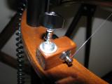 Machine head in pivot mount