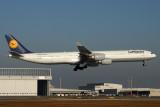 LUFTHANSA AIRBUS A340 600 KIX RF IMG_5465.jpg