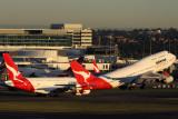 QANTAS BOEING 747 400 SYD RF IMG_9737.jpg