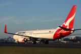 QANTAS BOEING 737 800 SYD RF IMG_5725.jpg