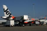 JETSTAR AIRBUS A320 BNE RF IMG_5852.jpg