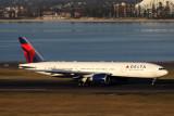 DELTA BOEING 777 200LR SYD RF IMG_0755.jpg
