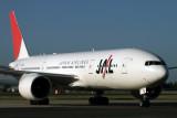 JAPAN AIRLINES BOEING 777 200 SYD RF IMG_0189.jpg