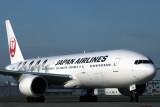 JAPAN AIRLINES BOEING 777 200 FUK RF IMG_1399.jpg