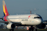 ASIANA AIRBUS A320 FUK RF IMG_0986.jpg