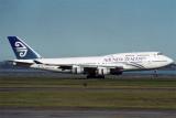 AIR NEW ZEALAND BOEING 747 400 AKL RF 1365 35.jpg