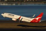 QANTAS BOEING 737 800 SYD RF IMG_3535.jpg