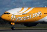 SCOOT BOEING 777 200 SYD RF IMG_3812.jpg
