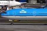 KLM BOEING 777 300ER PAE RF IMG_5878.jpg