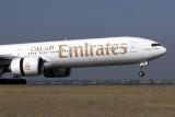 EMIRATES BOEING 777 300 SYD RF IMG_8011.jpg