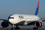 DELTA BOEING 777/200 CDG RF.jpg