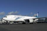 AIR NEW ZEALAND BOEING 777 200 AKL RF IMG_0078.jpg