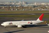 JAL BOEING 777 300 HND RF IMG_5010.jpg