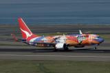 QANTAS BOEING 737 800 SYD RF IMG_5028.jpg