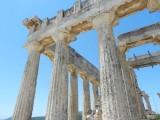 Enjoying photographing the columns