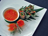 Fresh spring rolls with sweet and sour sauce