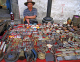Handicraft seller