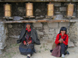 Women, Daocheng