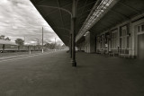 Maryborough station platform bw.jpg
