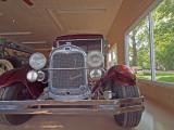 Streetrod in Maroon