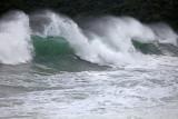 Trindade Beach: Waves