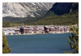 Many Glacier Lodge in front of swiftcurrent Lake