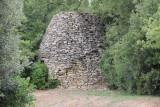 IMG_4076.jpg borie, ancient stone hut