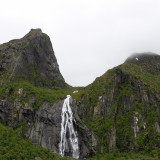 Waterfall on Austvågøy.jpg