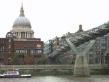 MILLENIUM BRIDGE & ST PAUL'S
