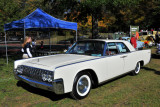 1962 Lincoln Continental 4-door sedan, People's Choice awardee (2664)