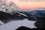 Winter sunrise at Peyto Lake