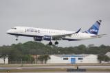 Embraer 190 (N337JB) I'm With Blue